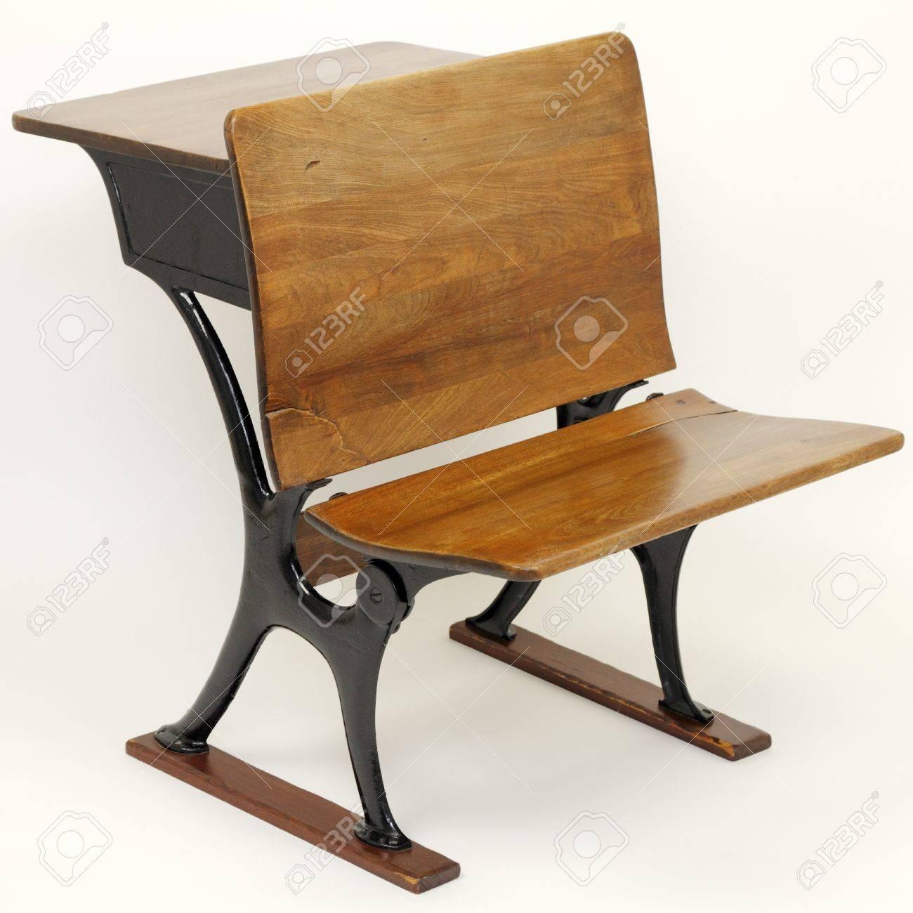 Stuhl schule  Ein Vintage-Metall Und Holz Schulbank Und Schule Stuhl Kombination ...
