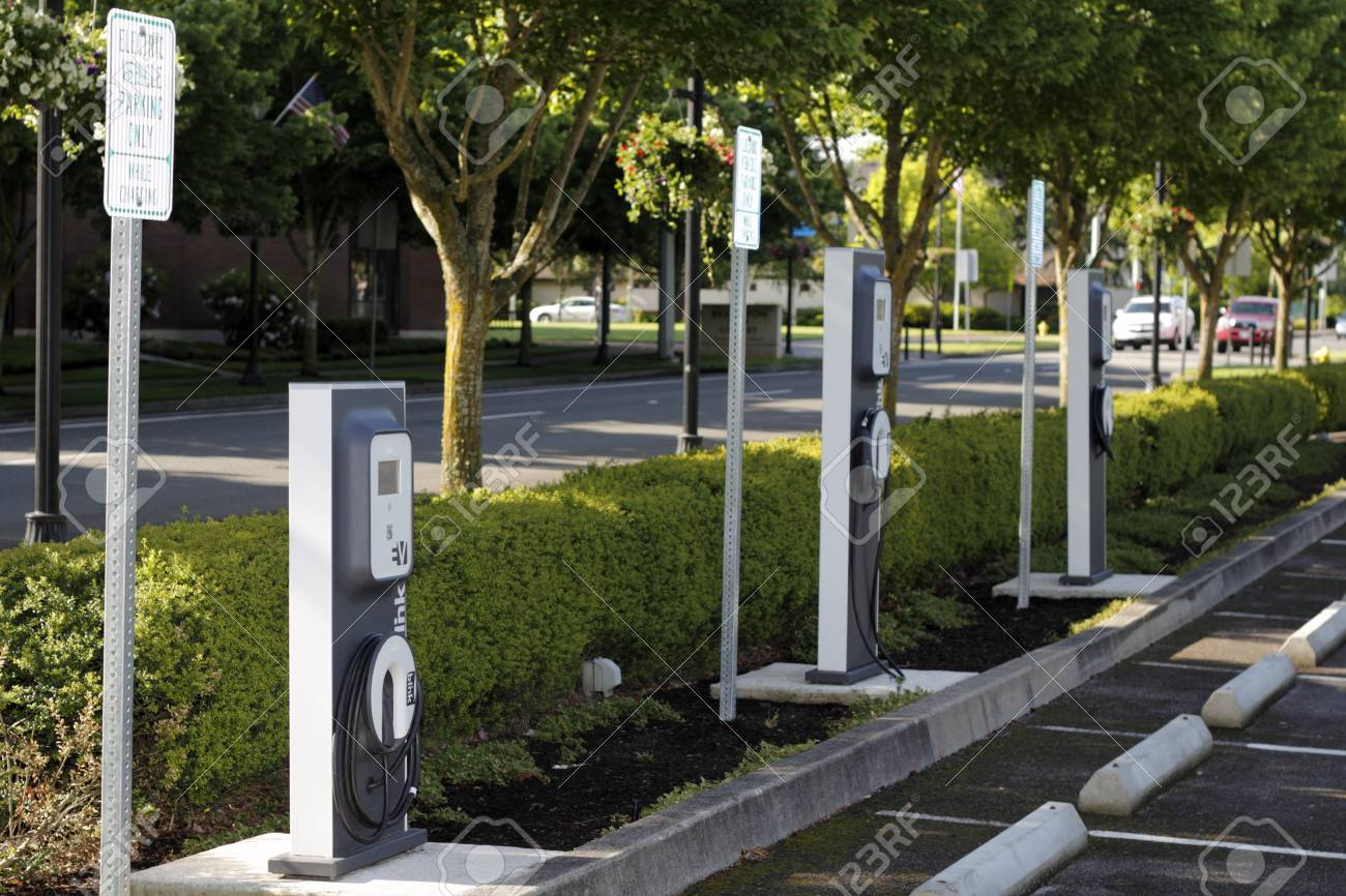 BEAVERTON, OREGON - MAY 25: A few electric vehicle charging stations located across from the city library on May 25, 2012 in Beaverton, Oregon.  Stock Photo - 14681886