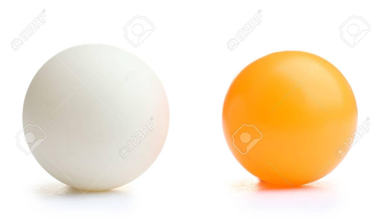 table tennis ball isolated on white Standard-Bild - 12912236