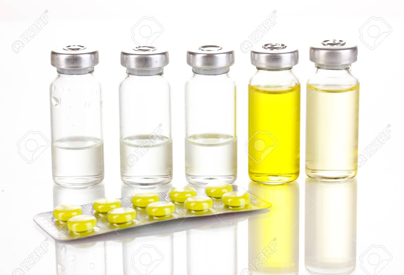Tablets and ampoules isolated on white Stock Photo - 13178124