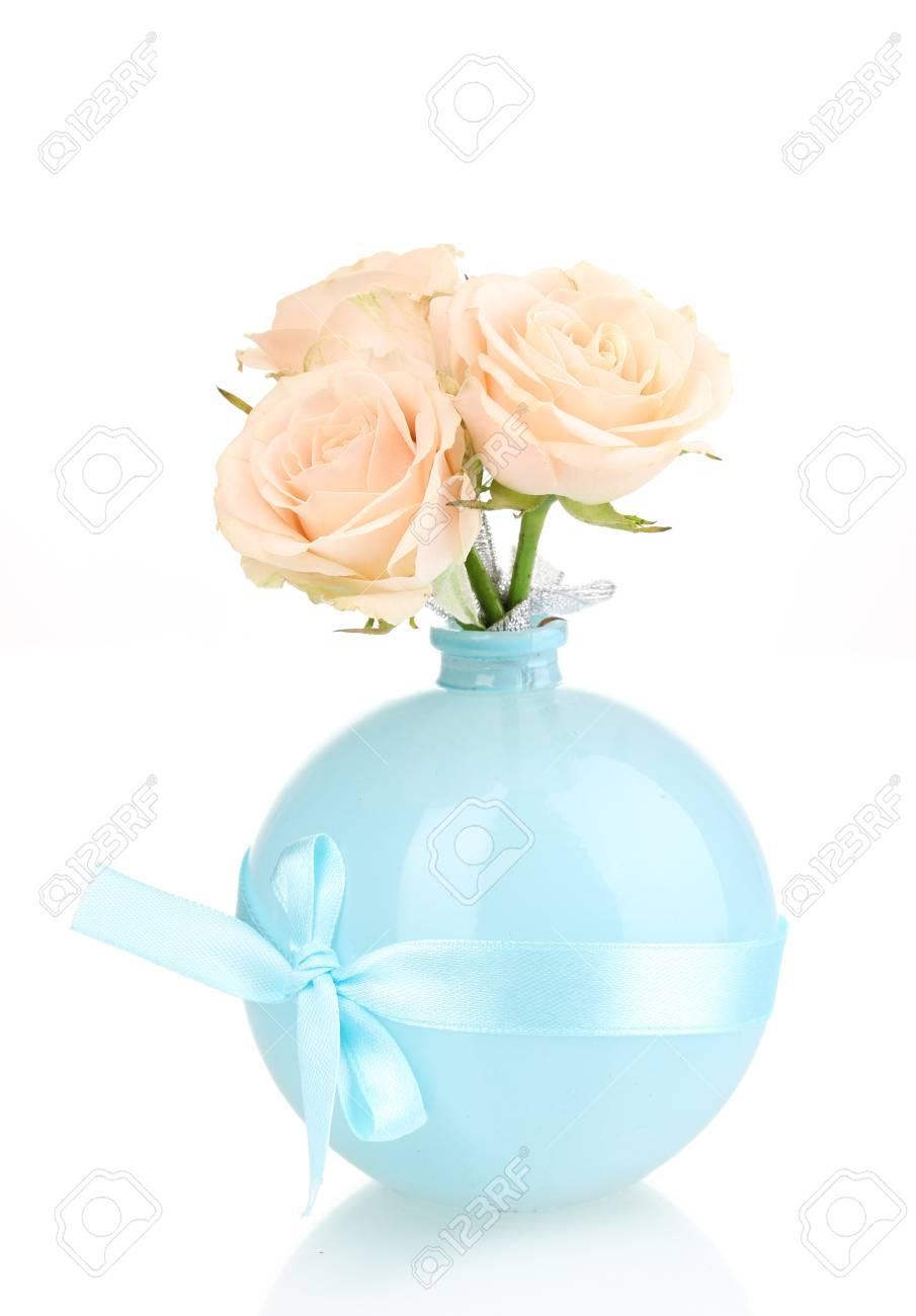 Beautiful roses in vase isolated on white Stock Photo - 13901376