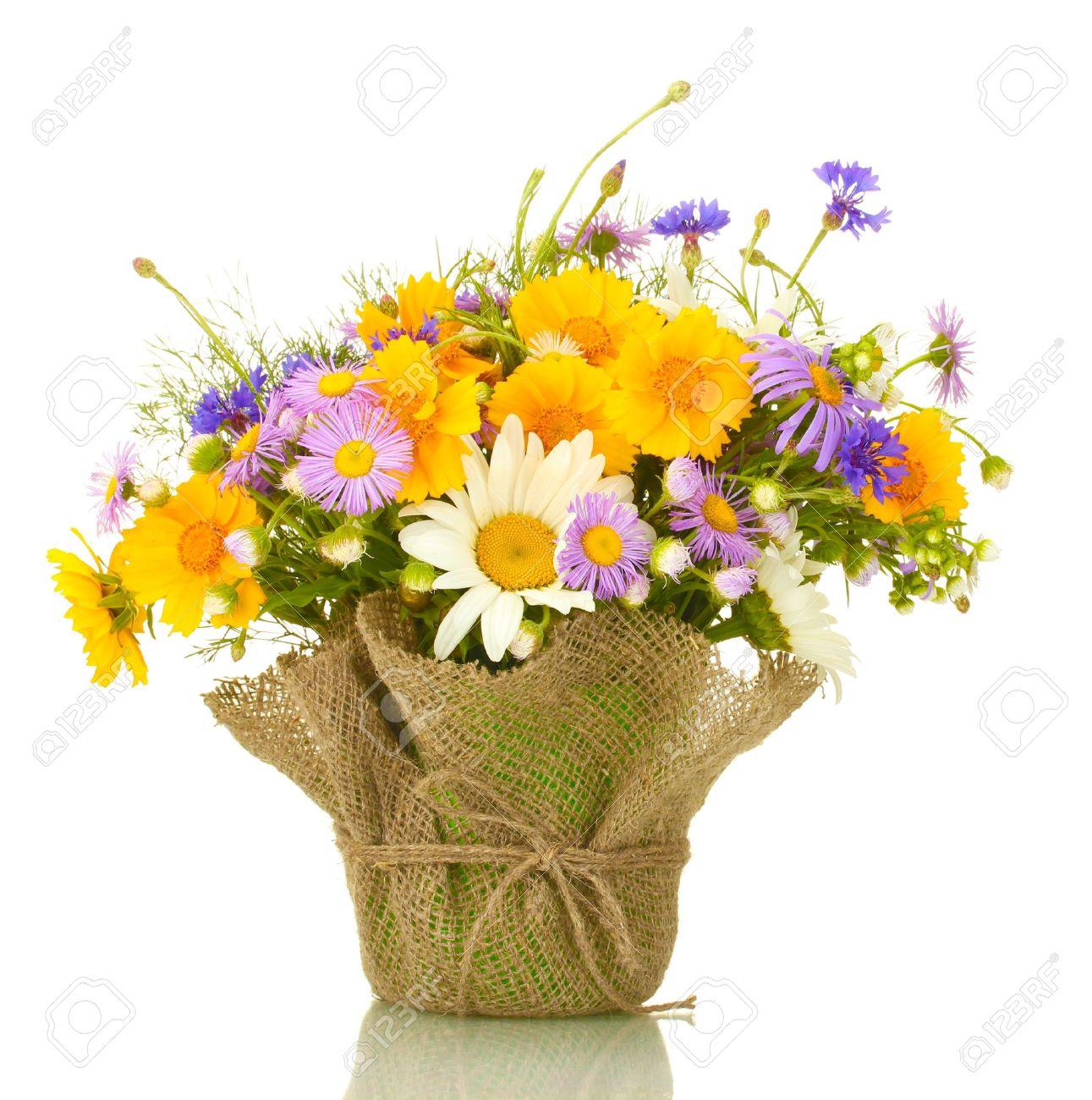 banque duimages beau bouquet de fleurs sauvages lumineuses dans pot de  fleurs isol sur blanc with photos de beaux bouquets de fleurs