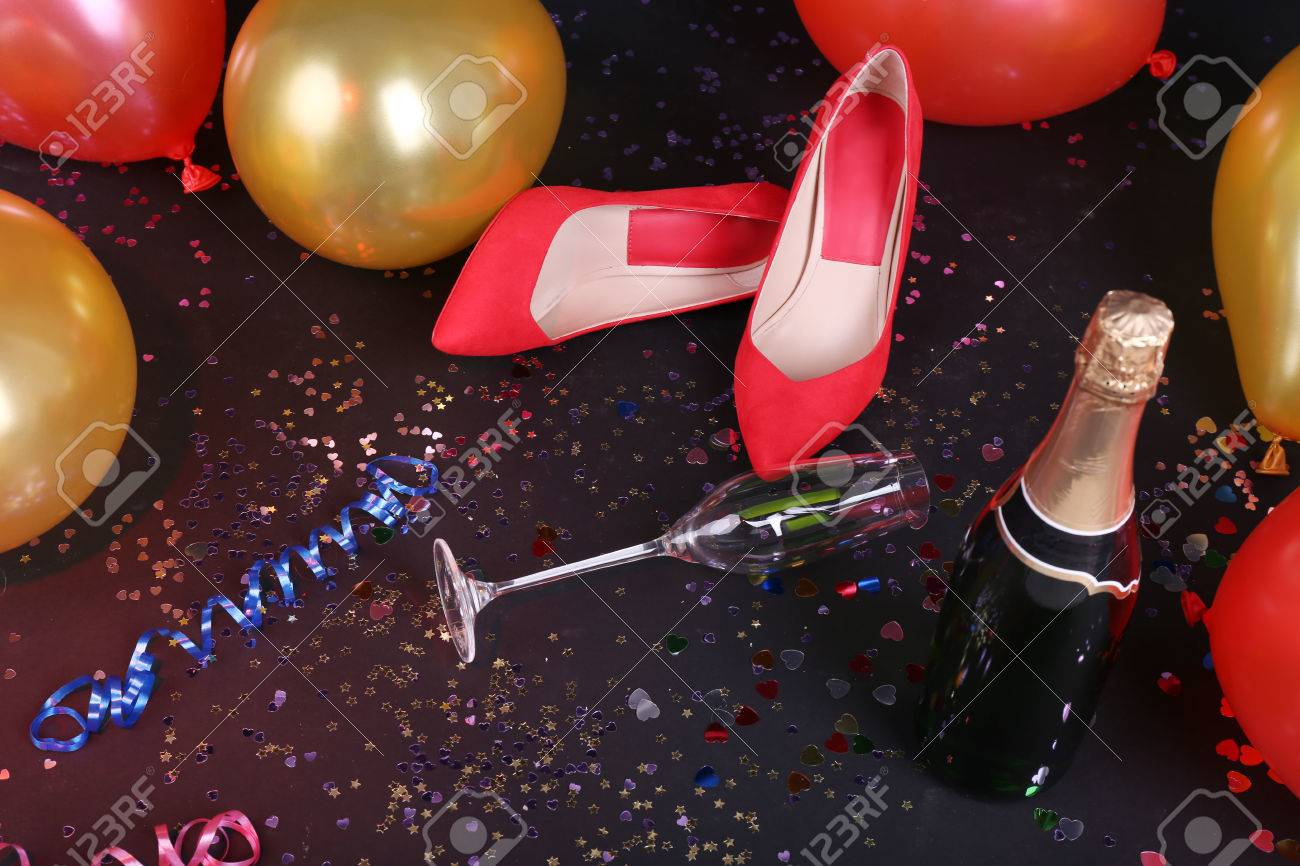 quality design 51371 816f2 Shoes with confetti, champagne and balloons on the floor