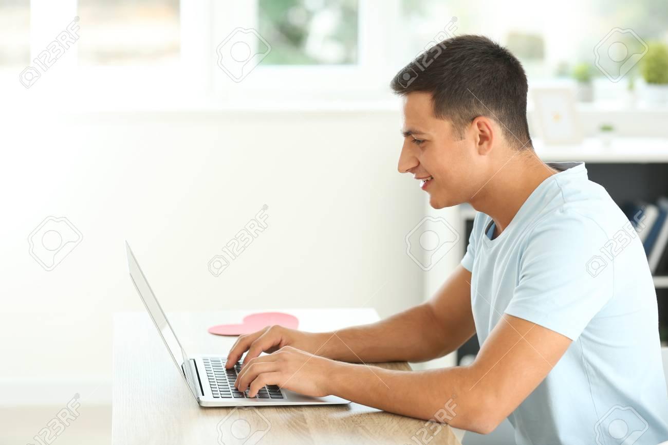 Online dating cancellare il profilo