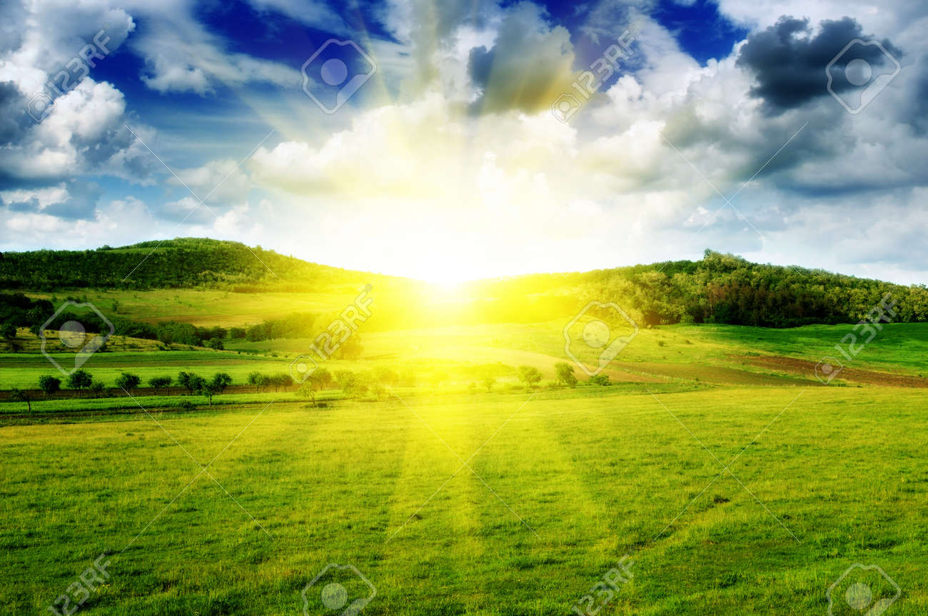 beautiful sunset - 13438978