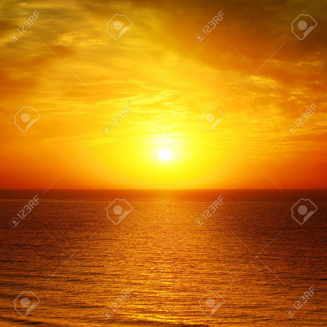 Beautiful sunset above the sea - 14810019
