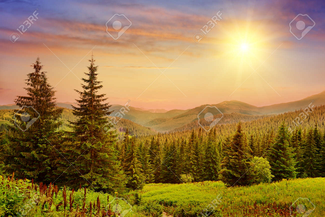 Beautiful sunrise in the mountains - 47663165