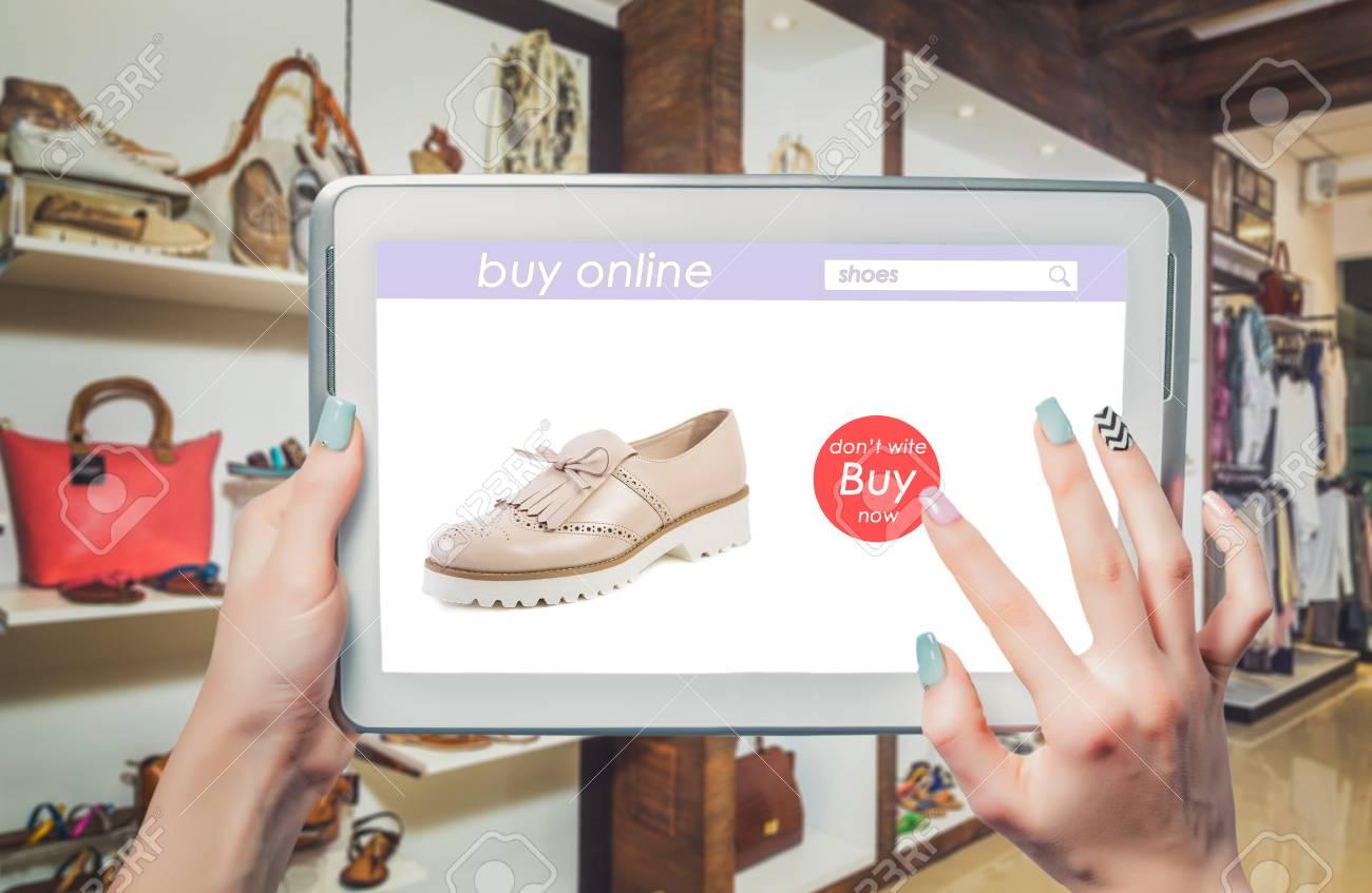 quality design 1d919 d1448 Acquistare negozio di scarpe online, le donne della moda