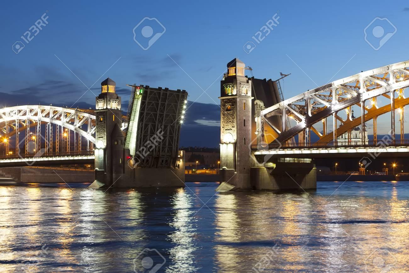 Bolsheokhtinsky Bridge in St. Petersburg: its history and photo 15
