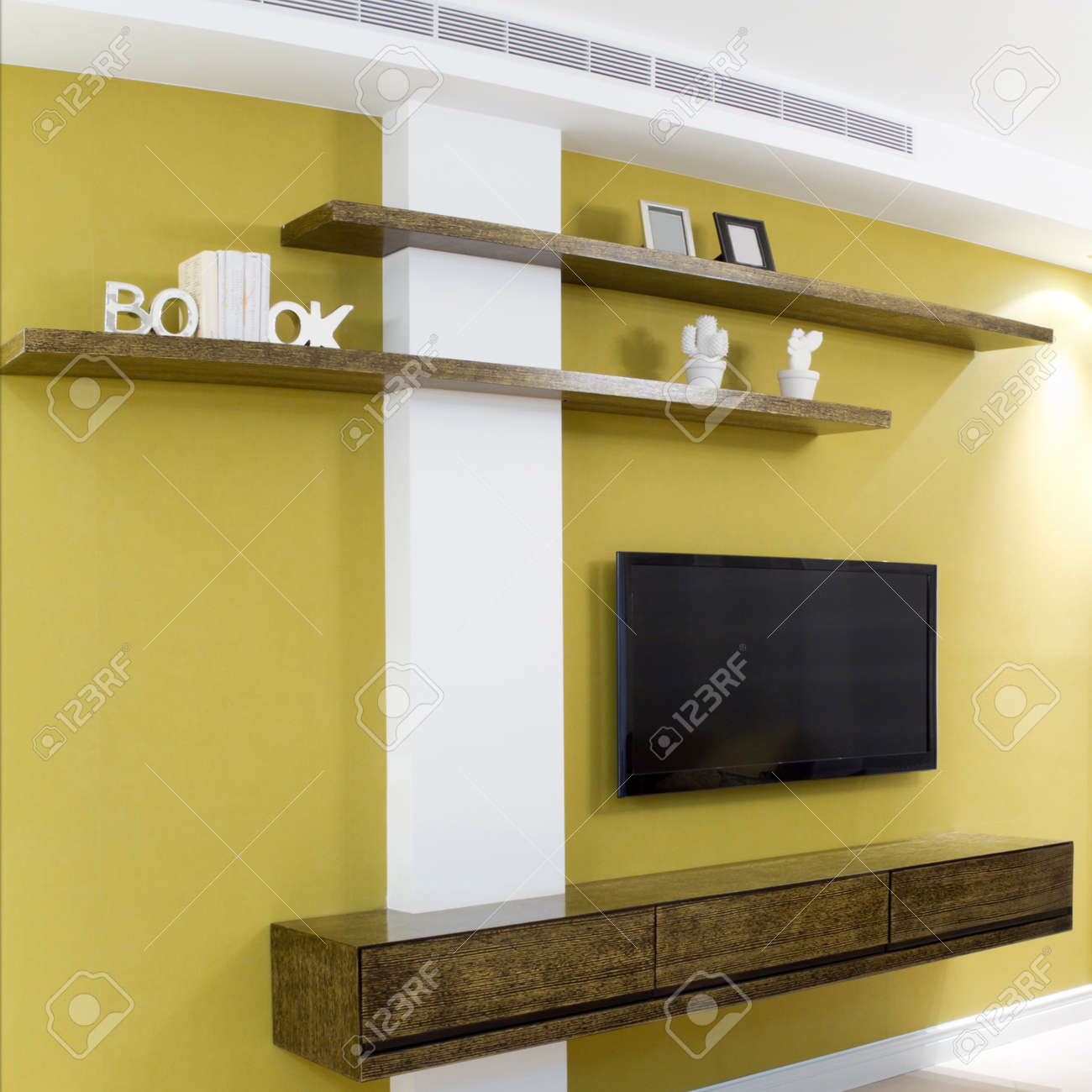 Interior design in a new house. Stock Photo - 14122194
