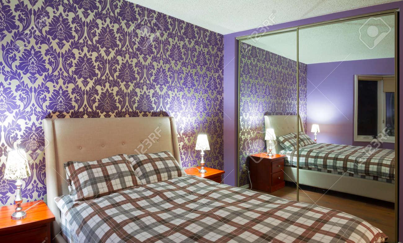 Romantic bedroom interior design Stock Photo - 18172465