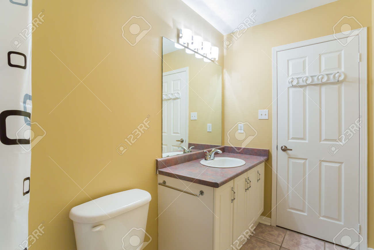 Aménagement Intérieur Salle Bain aménagement intérieur d'une salle de bains dans la nouvelle maison