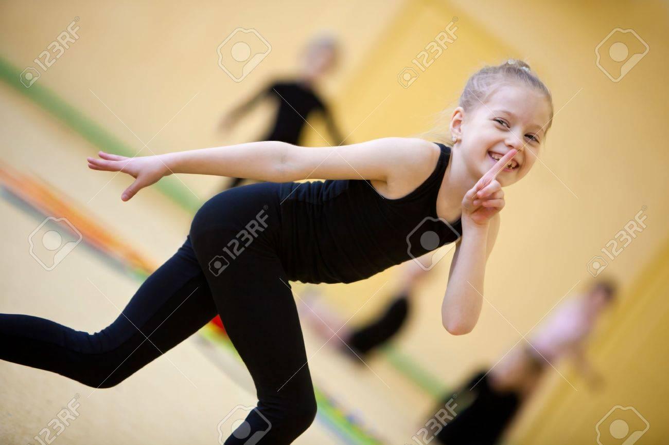 Смотрел на девочек гимнасток 9 фотография