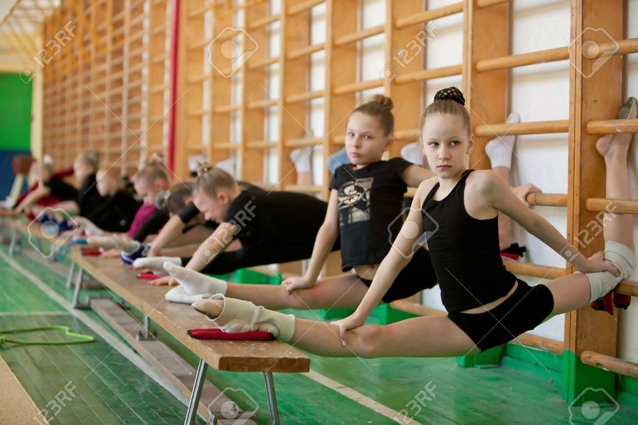 юные модели интим фото гимнастки