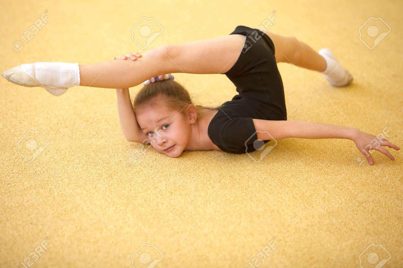 Трахонье гимнасток молодым 9 фотография