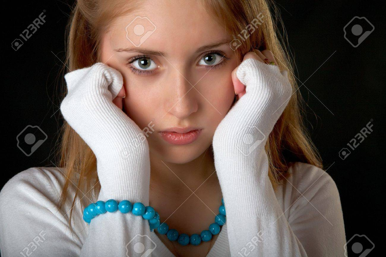 The girl with  beads and bracelet on  black background Stock Photo - 9426388