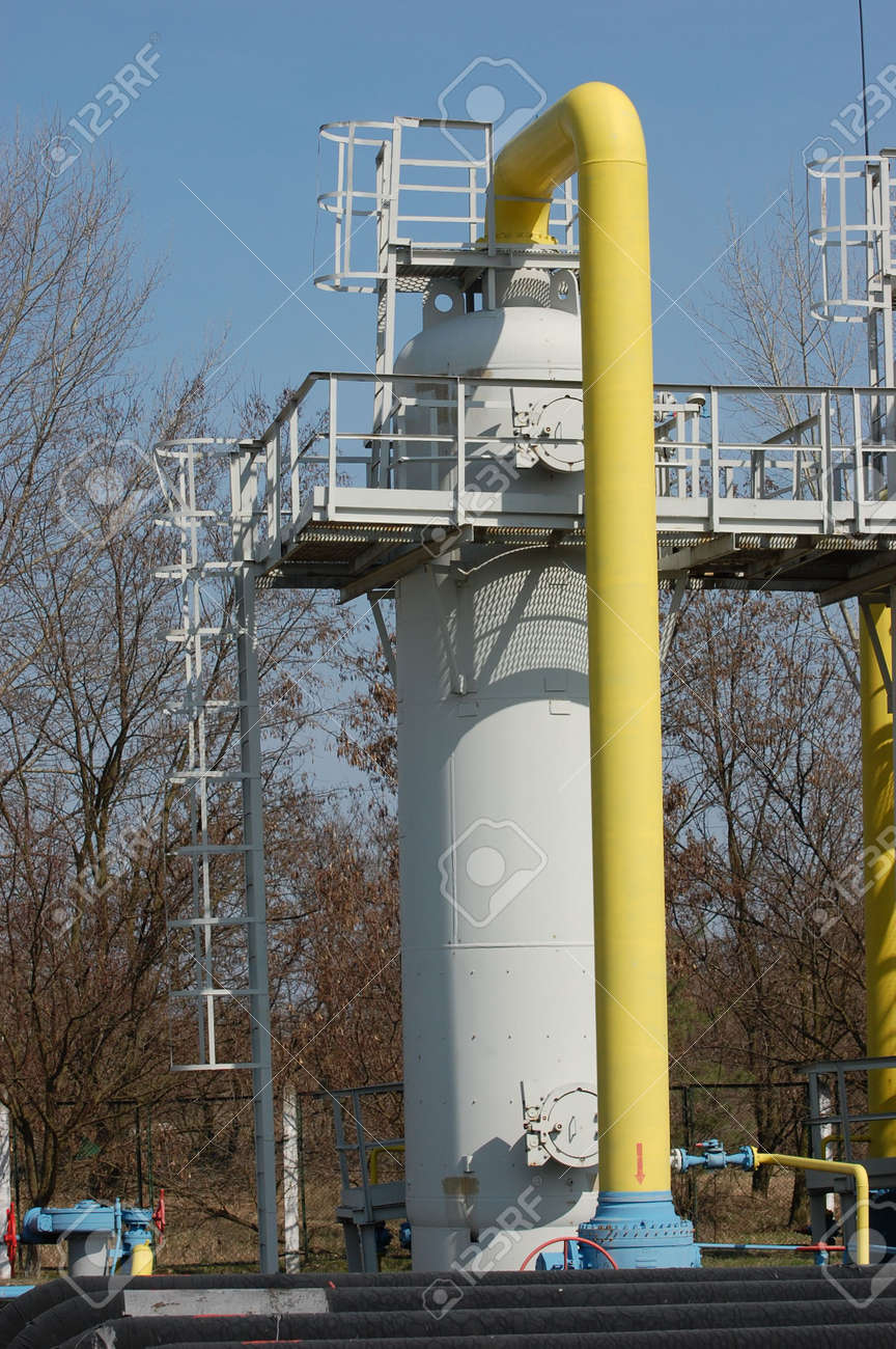 Natural gas pump station. Kiev,Ukraine Stock Photo - 4642905