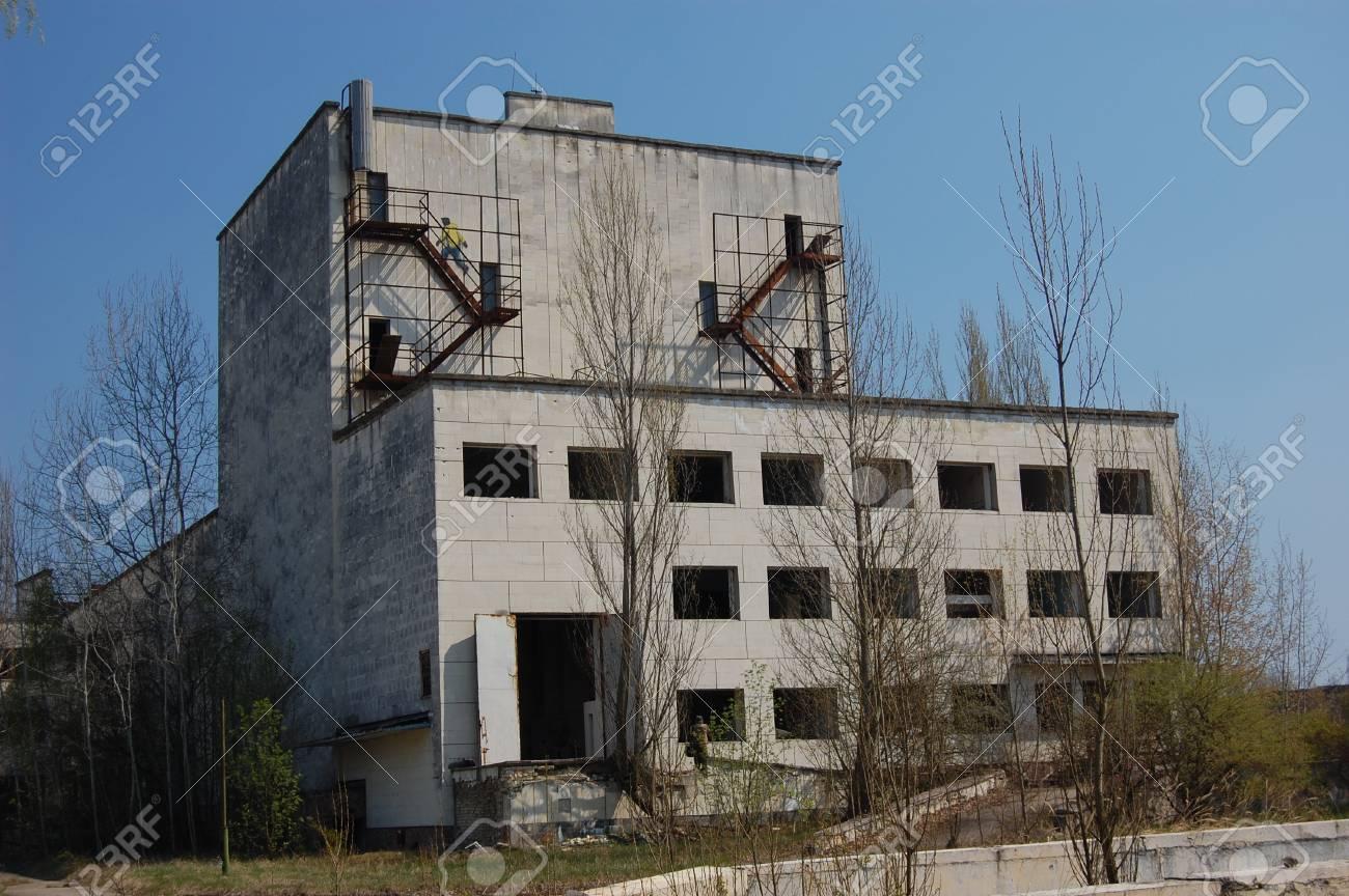 APR. 25,2009 Chernobyl area. Lost city Pripyat. Modern ruins. Ukraine. Kiev region.April 25,2009    Stock Photo - 8822097