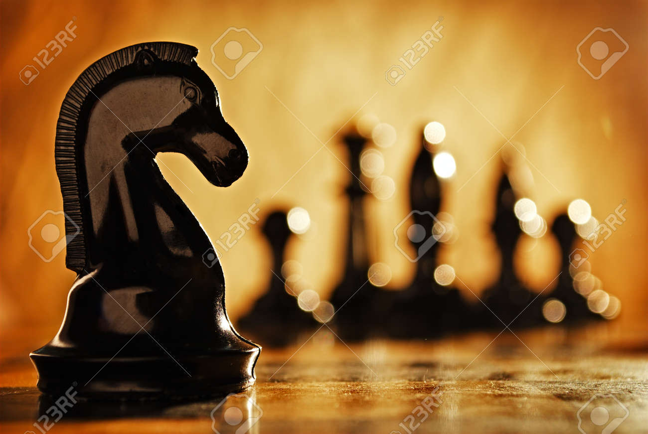 Chess knight chess pieces in front and in the background. The idea of winning and strategies. - 40908621