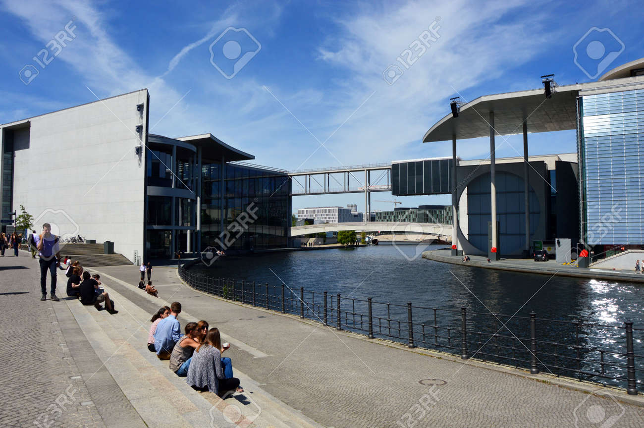Architektur Berlin Blau Brucke Gebaude Bundestag Hauptstadt Bezirk