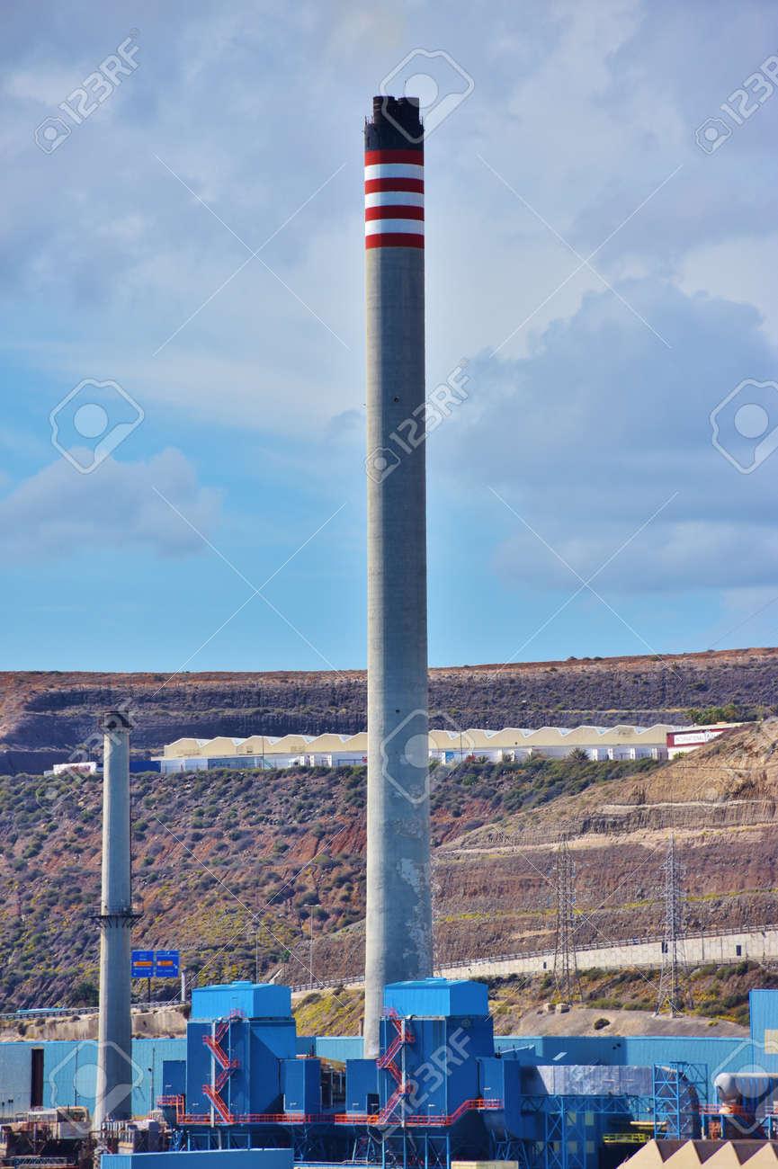 Thermal power plant chimney - 100965124
