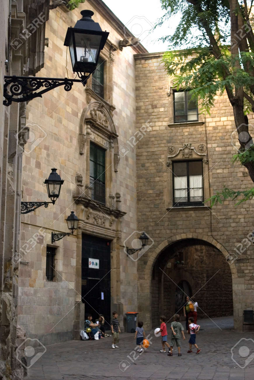 Sant Felip Neri Square, Civil War signs, Gothic Quarter, Barcelona, Catalonia, Spain, Europe. In the Middle Ages, Barcelona became the Ciutat Comtal (Count's City) and its political importance increased. It became the seat of the main political institut - 47480723