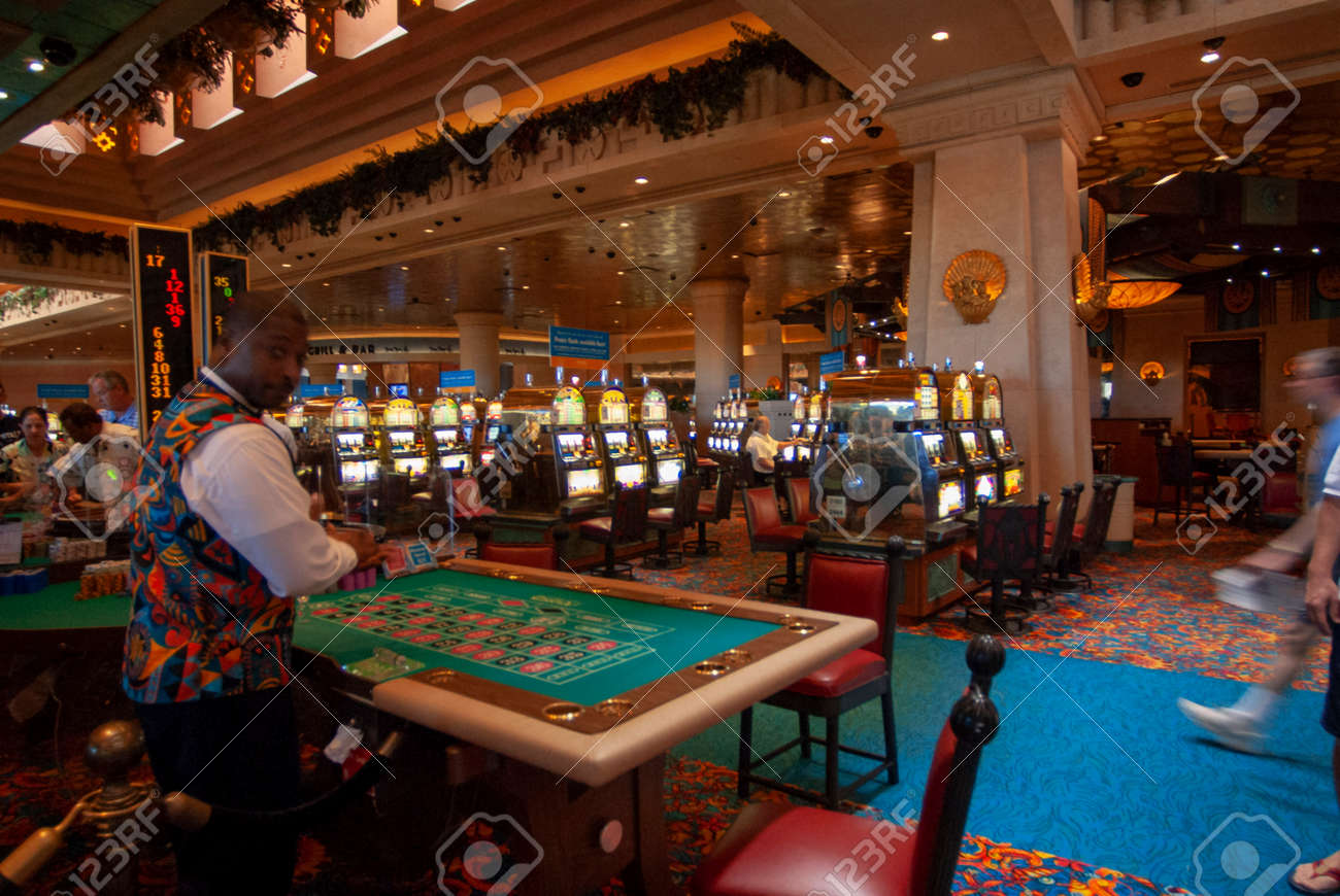 atlantis hotel and casino nassau