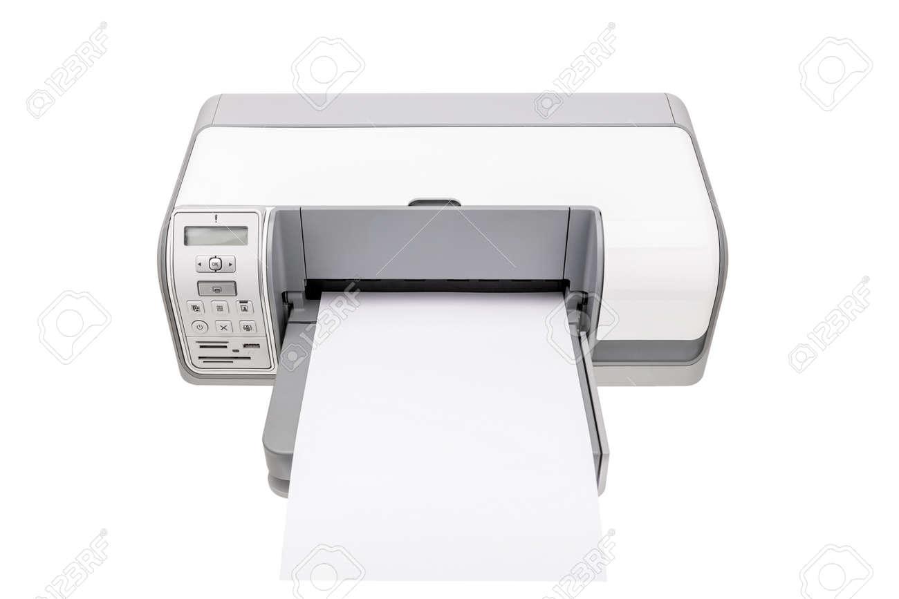 Imprimante de bureau avec un papier propre pour le texte. isolé sur