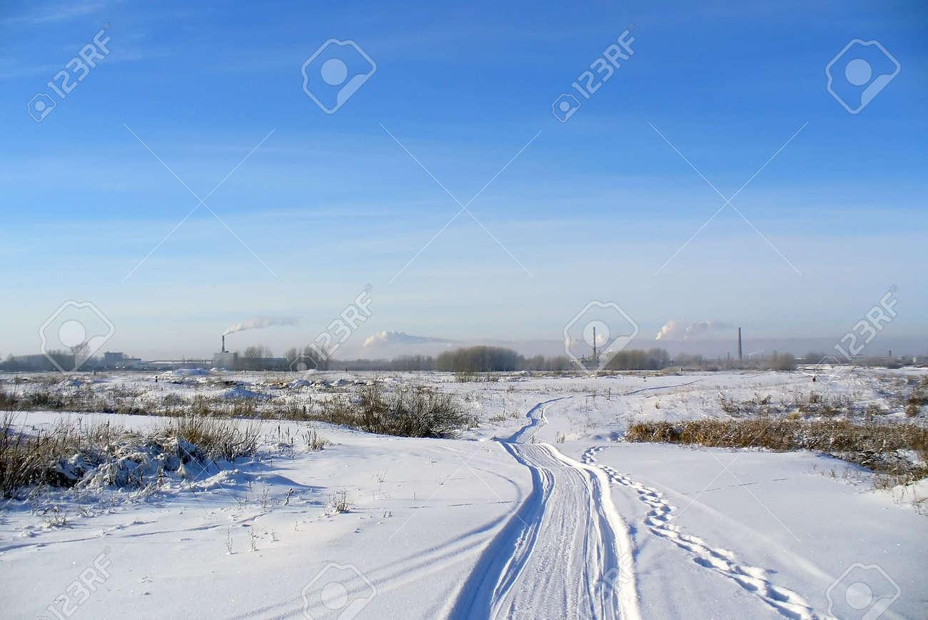 Winter road Stock Photo - 5908654