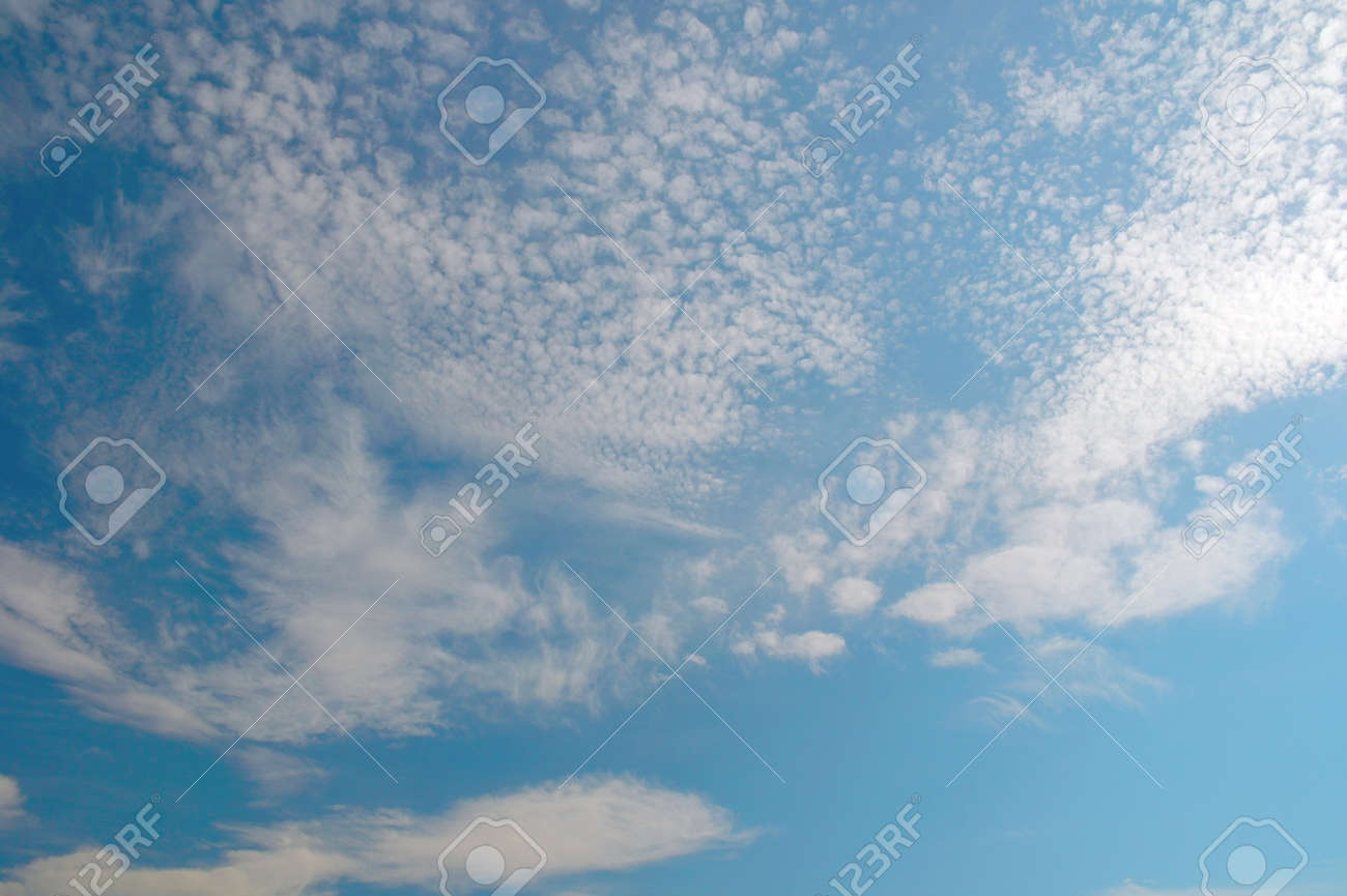 Beautiful blue sky with clouds Stock Photo - 19835373