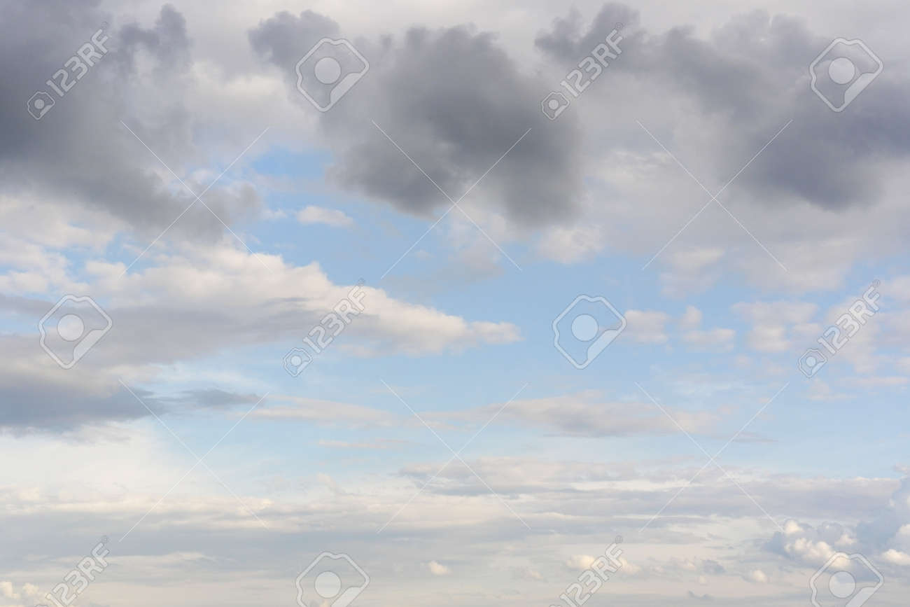Beautiful blue sky with clouds Stock Photo - 30180139