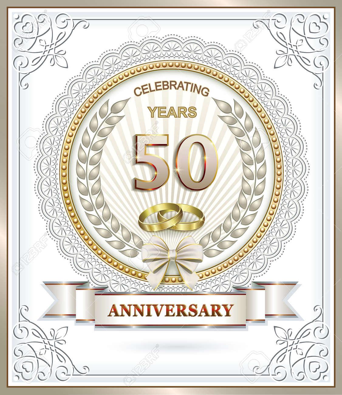 50 Años De Aniversario De La Boda Con Los Anillos En El Marco De La ...
