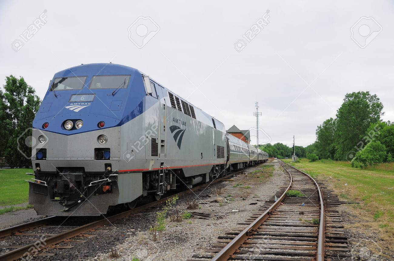 Passenger Train Toronto New York Stands At Niagara Falls Station Stock Photo Picture And Royalty Free Image Image 24217611