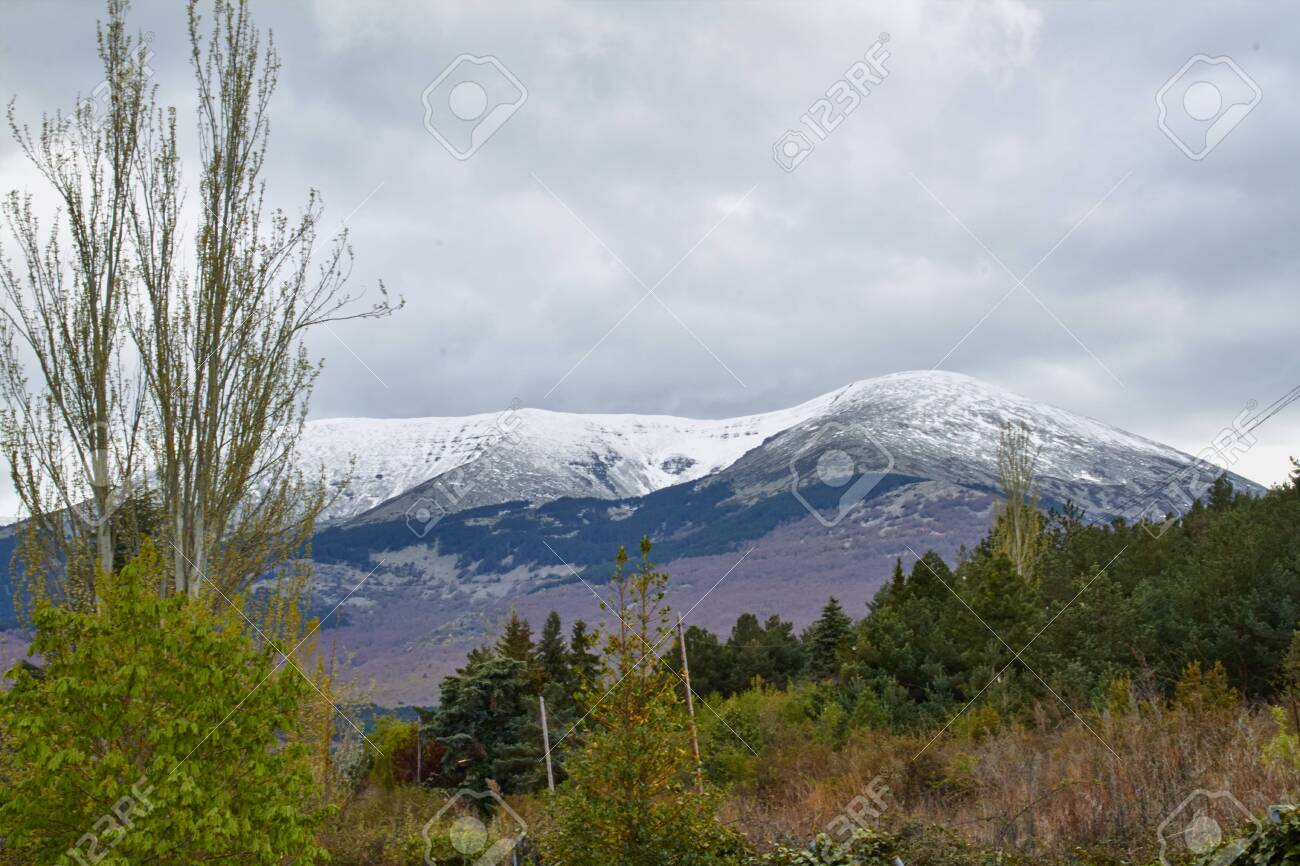 Landscape of the north face of the moncayo mountain in Aragon, Spain - 123053324