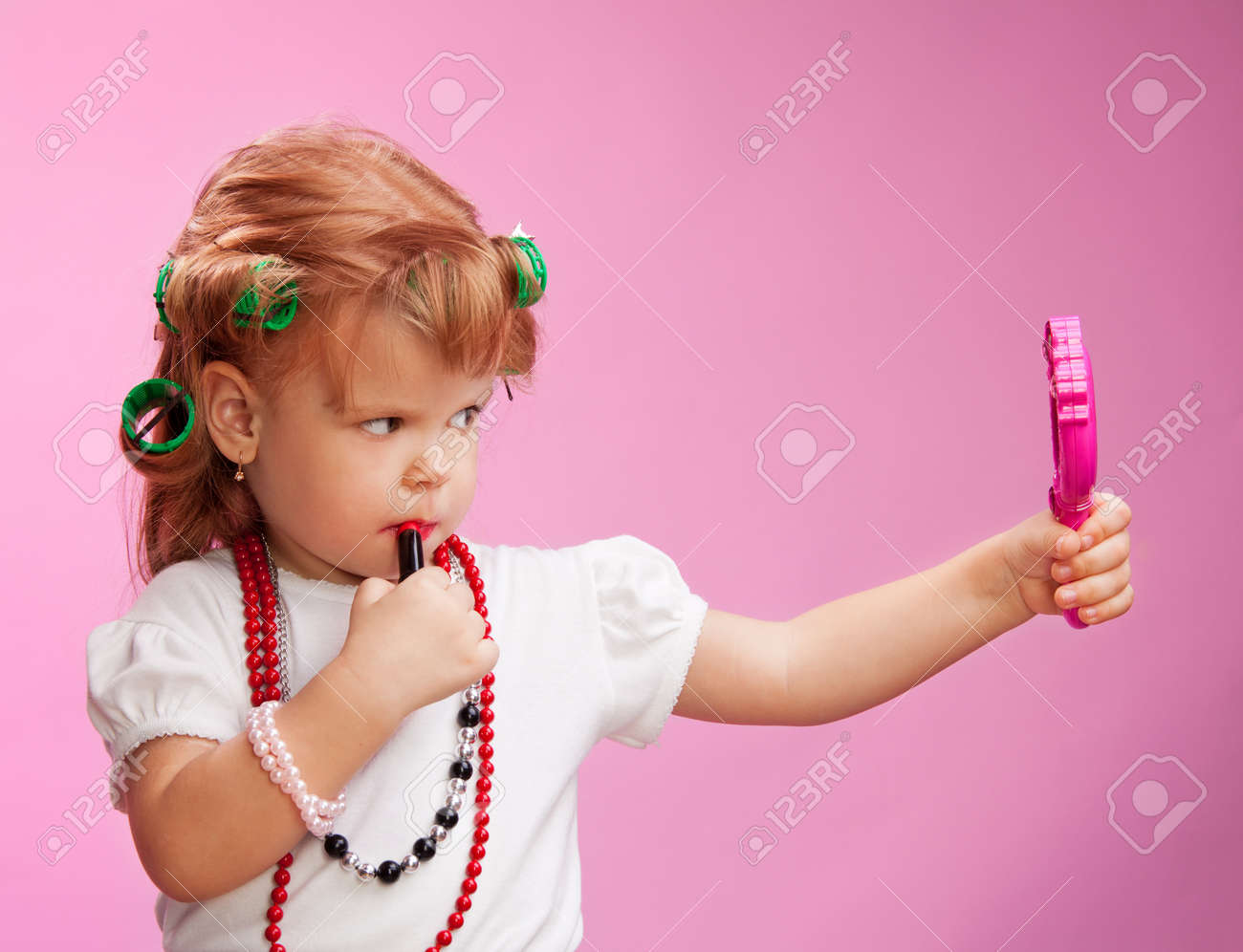 Ребенка, сбегаю дрочка девочек ним