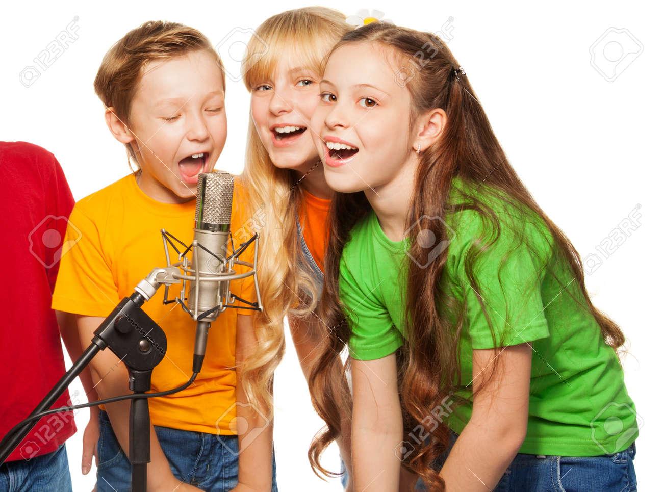 Конкурсы для девочек и мальчиков смешные