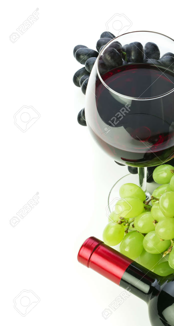bottle of wine and grapes isolated on white background Stock Photo - 15392354