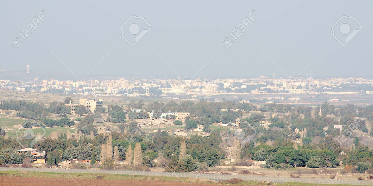 Destroyed and abandoned city of Quneitra in Syria Stock Photo - 17228381