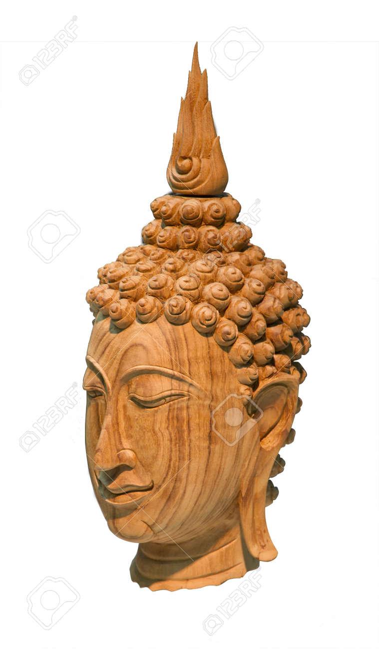 buddha kopf aus holz skulptur isoliert auf weiss standard bild 26483501