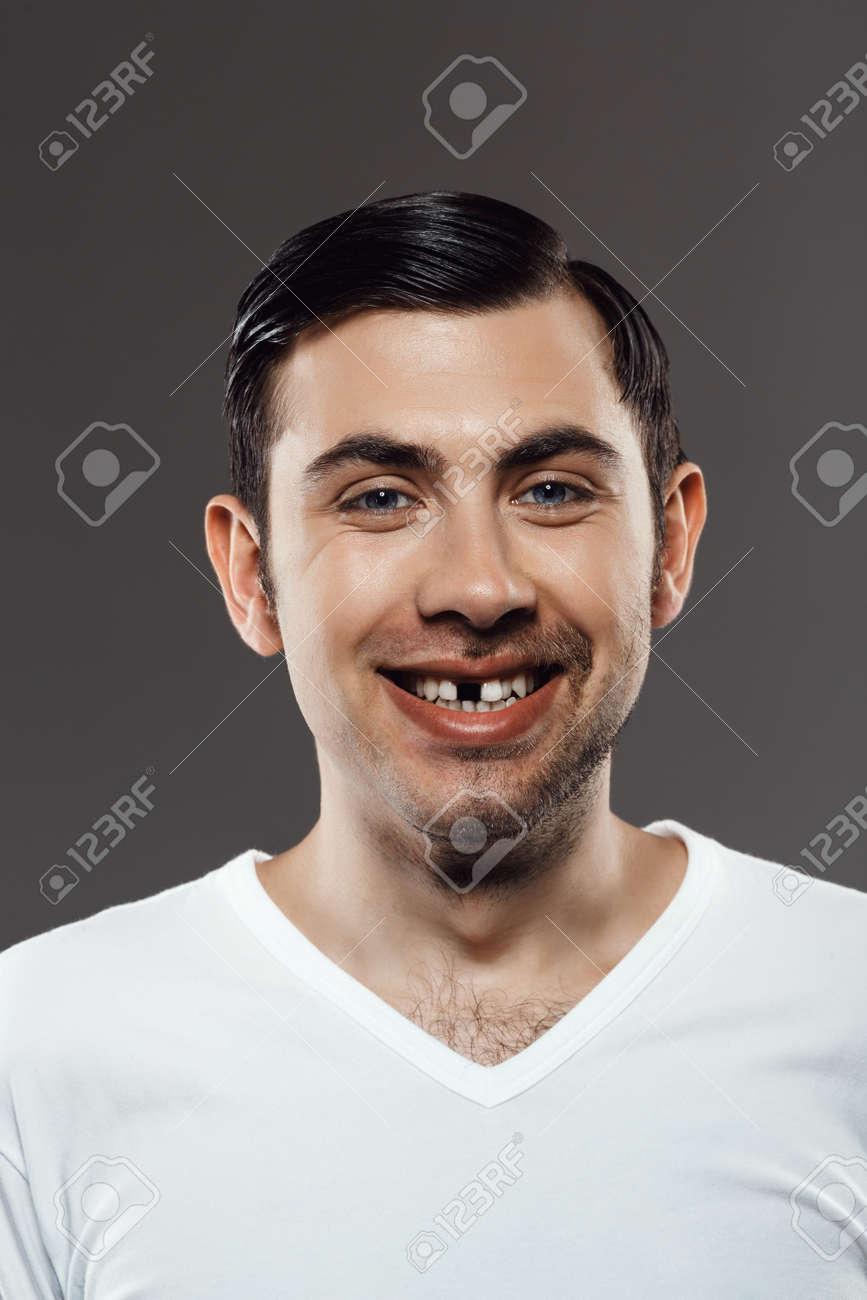 Ohne zähne mann foto Zahnersatz: Wie