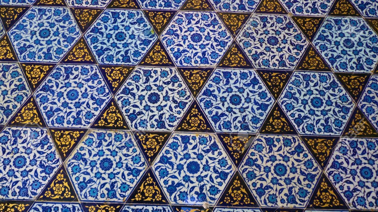 Close up foto di piastrelle turche fatte a mano nel palazzo topkapi