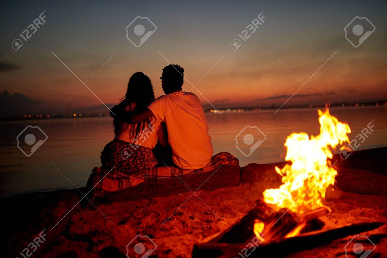 Dating beach dating