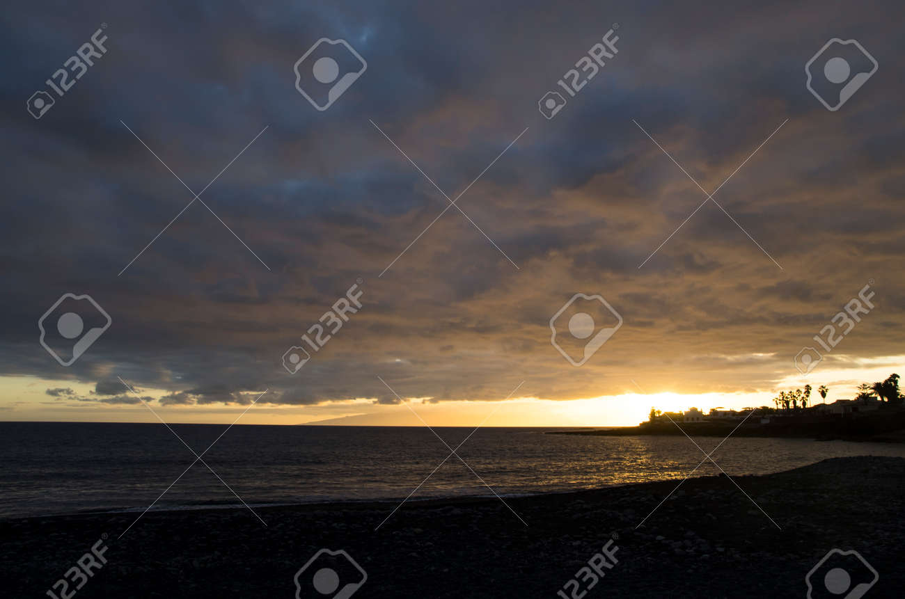 Colorful sunset on the island of Tenerife - 148026966