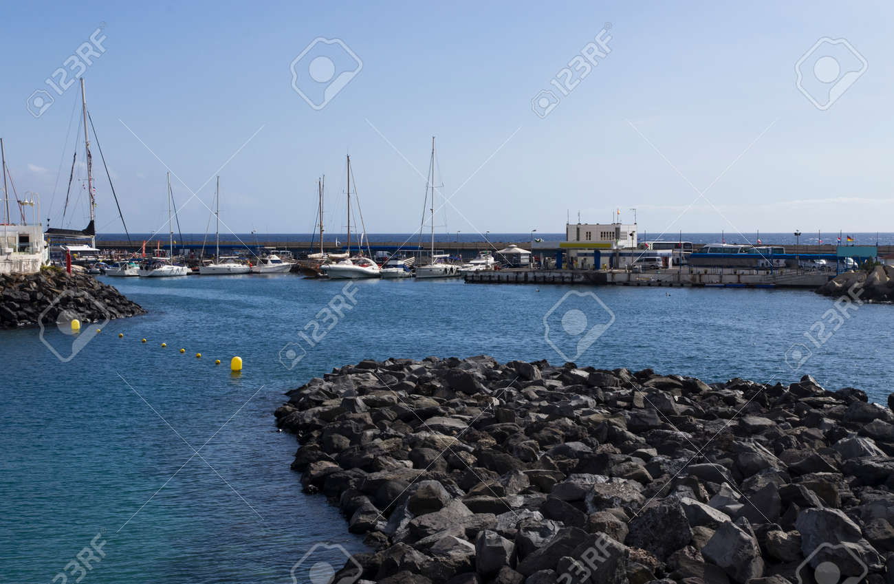 Small bay by the sea with yachts inside - 158532296