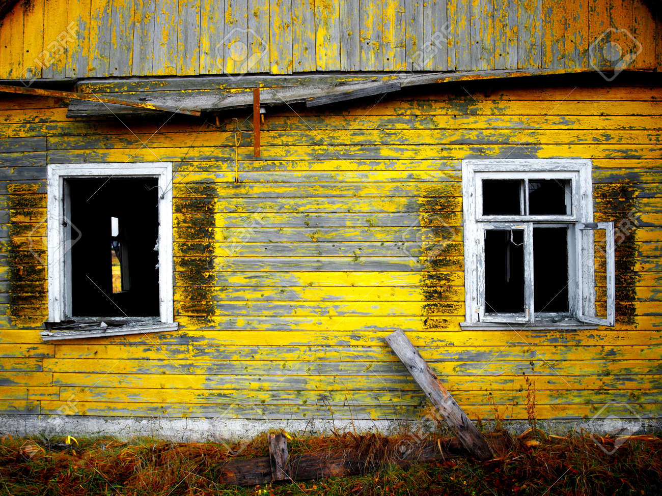 Old Windows Old Windows In Wooden House Stock Photo Picture And Royalty Free