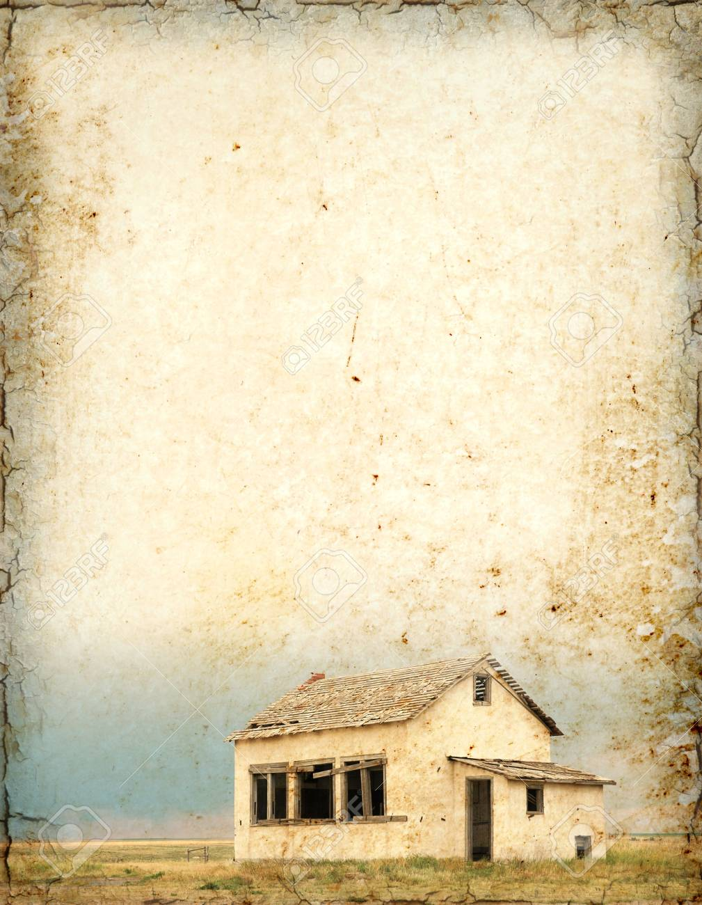 Grungy background with old house and plenty of room for text. Stock Photo - 3775137
