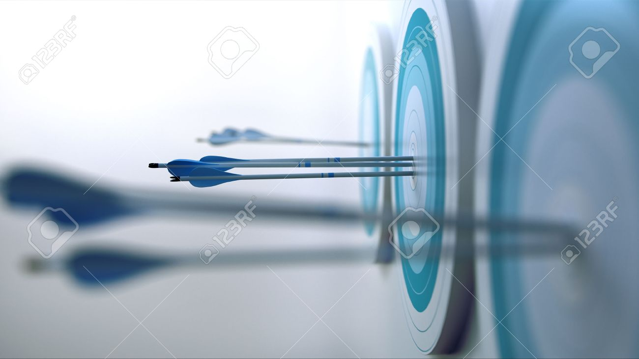 3 Arrows hit target - 32423650