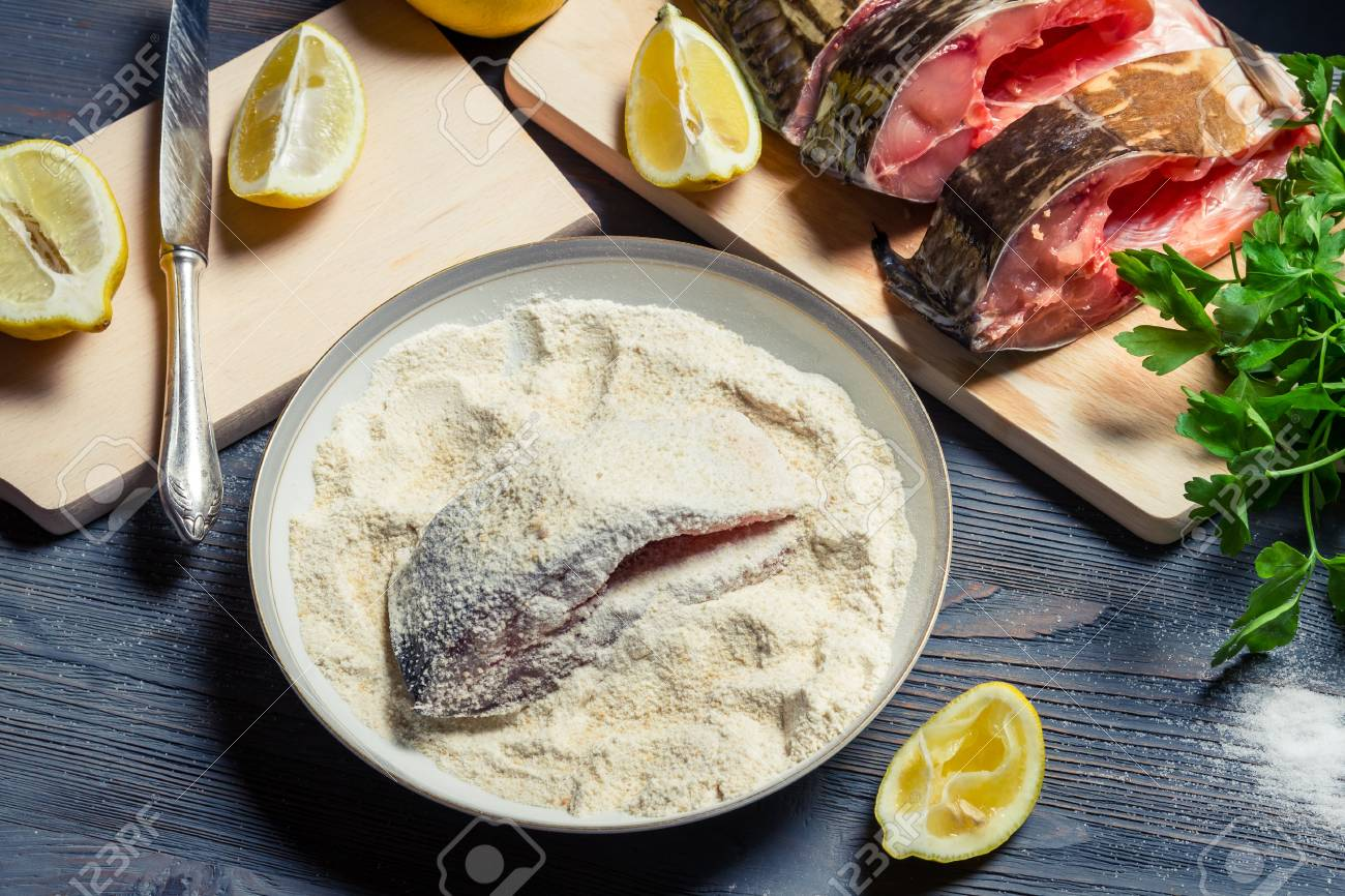 Fresh fish prepared for frying Stock Photo - 17088910