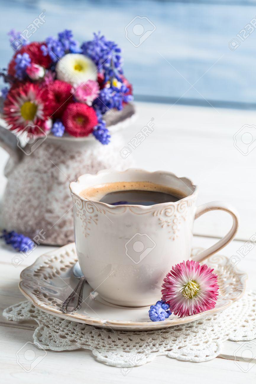 Фото кофе и цветов