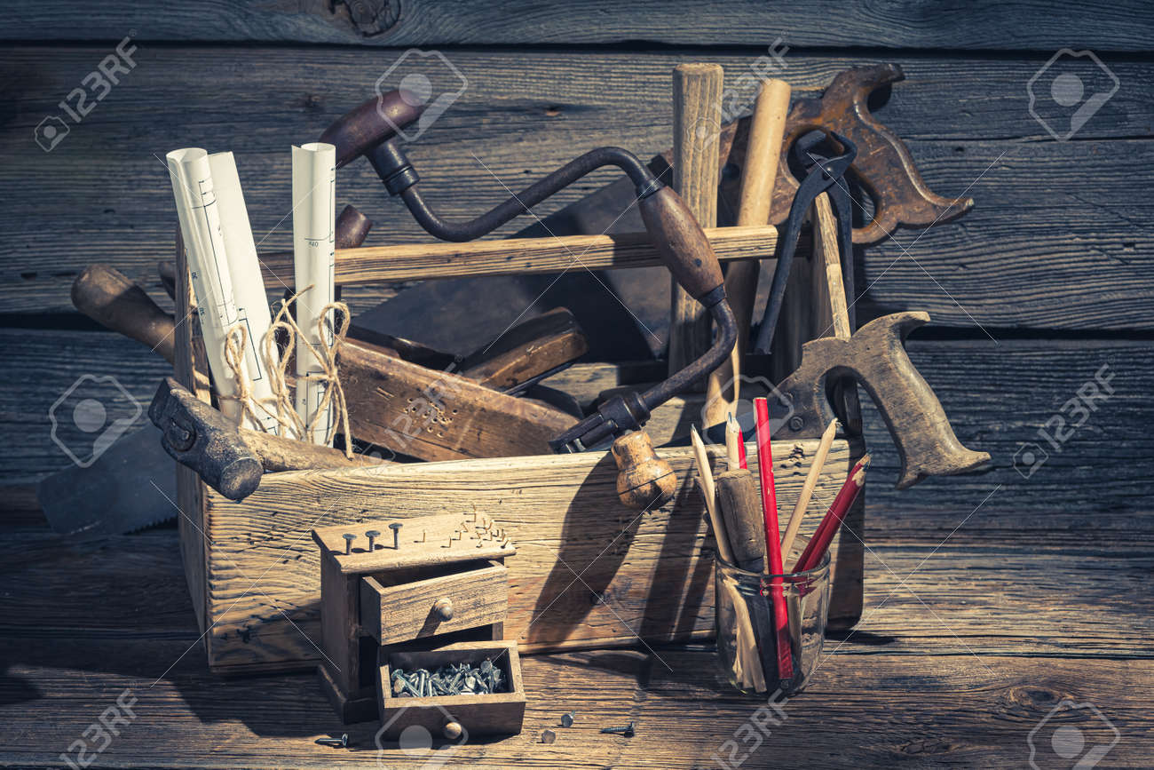Closeup of carpenter working tools in a workshop - 133099479